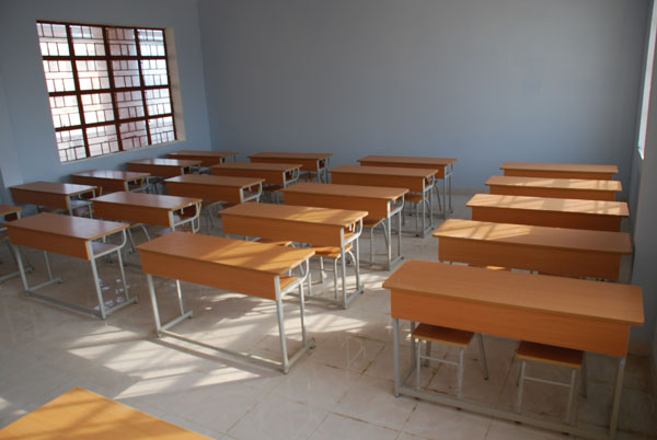 ta ban hoc tren lơp - Tả cái bàn học ở lớp của em