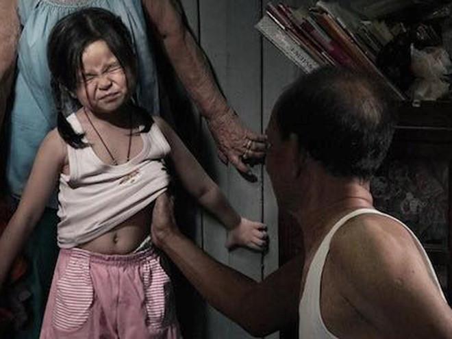 nghi luan ve van de van nan au dam – xin nguoi lon dung tho o - Nghị luận về vấn đề: Vấn nạn ấu dâm – Xin người lớn đừng thờ ơ